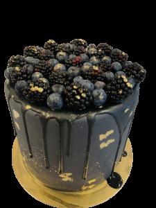 Donkere Vruchten Drip Cake
