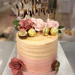 Macaron Witte Cake